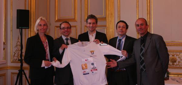 Dominique POULAIN, diététicienne, nutritionniste du sport ; Stéphane CASCUA, médecin du sport ; Thomas LEGRAIN ; Pierre LAPEGUE, podologue ; Thierry ADELINE, ultra marathonien